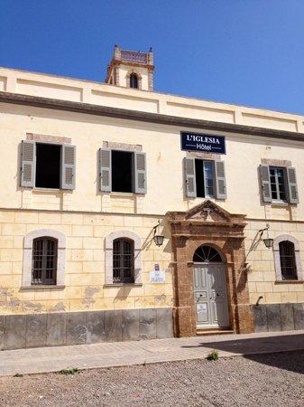 Hotel L'Iglesia : Esterno Iglesia