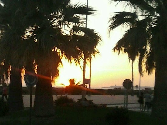 Hotel Andalussia: Sonnenuntergang in Conil.............