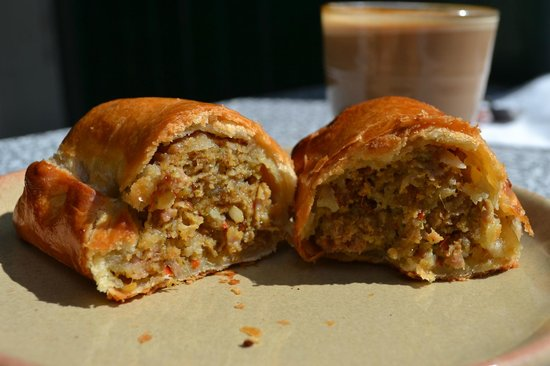 Hart's Bakery: Delicious Sausage Roll