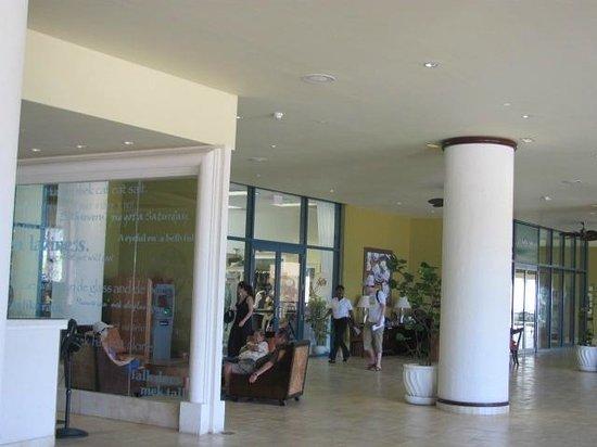 Hilton Barbados Resort : lobby