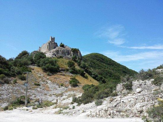 Il Parco Archeominerario di San Silvestro : Rocca San Silvestro