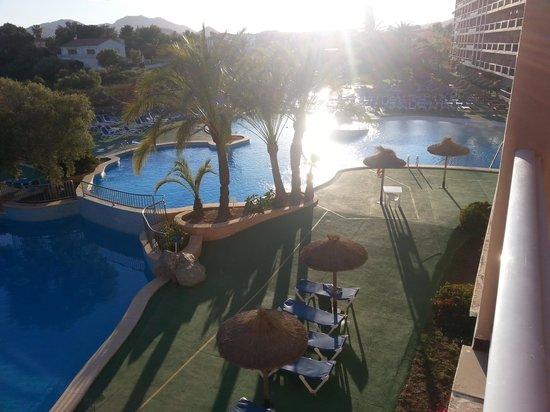 HYB Eurocalas: la piscine