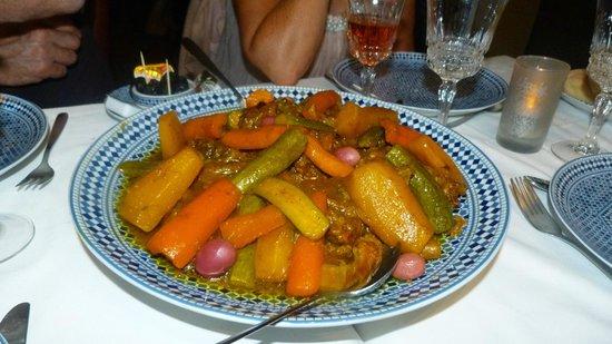 Riad Le Calife : tajine de boeuf cuisinée par Fatima