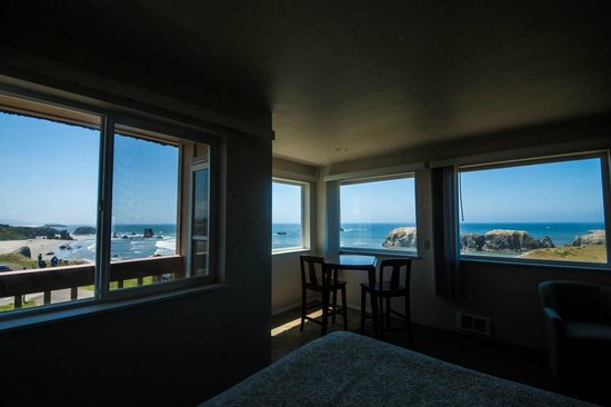 Bandon Beach Motel: Room 206 and its amazing view.