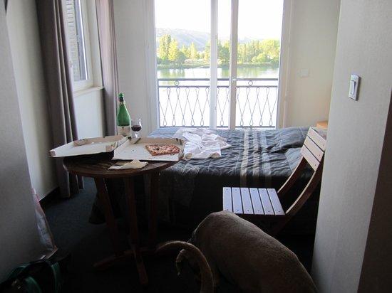 Hotel Restaurant Le Bellevue : une piôle à 95 euros : la vue est très belle