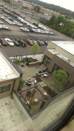 Embassy Suites by Hilton Knoxville West: View from room 619