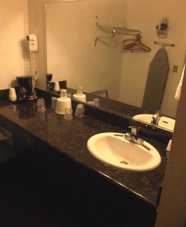 Ambassador Inn And Suites : Room 201 / April 19th 2014.