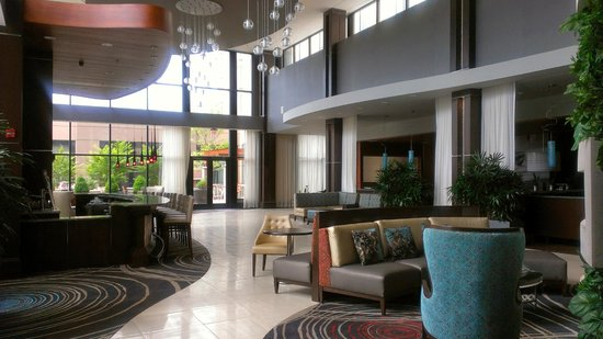 Embassy Suites by Hilton Knoxville West: Lounge