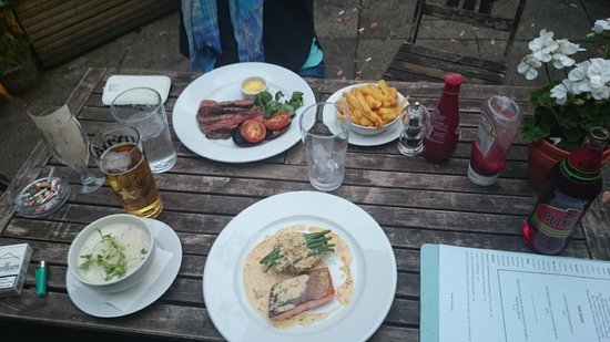 The Colonel Fawcett: meat, fish and thai soup - all good
