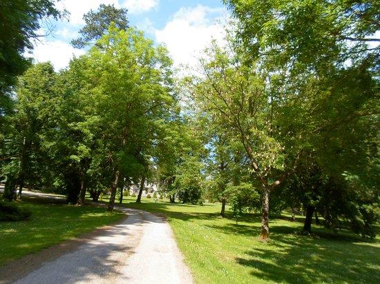 Château des Monthairons : jardin