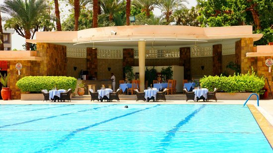 Pavillon Winter Luxor : BAR BRASSERIE PISCINE