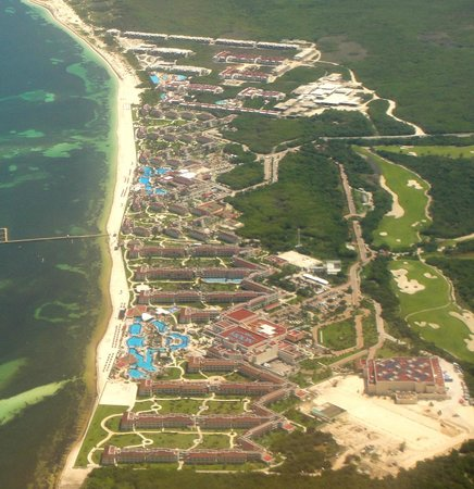 Moon Palace Cancun: from the air