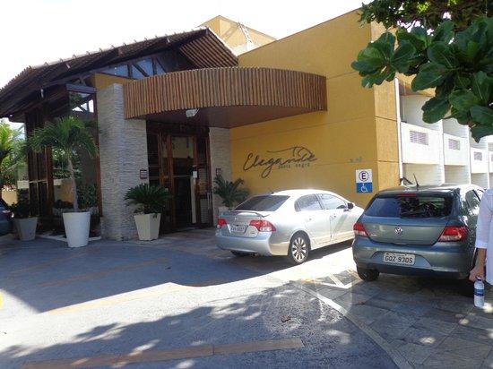Elegance Ponta Negra Flat Beira Mar: Fachada do Hotel