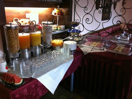 Gasthof Innbrücke: breakfast