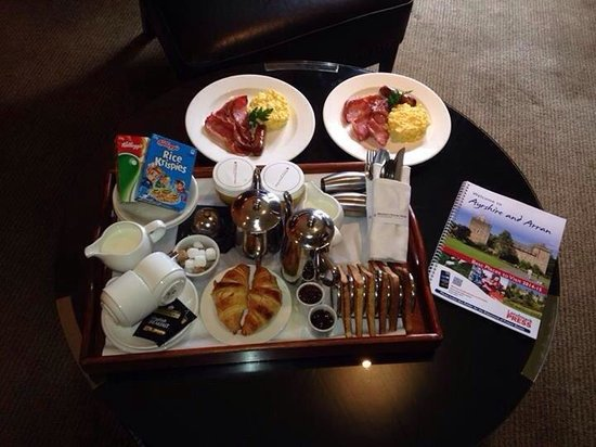 Western House Hotel: Room service - an extra £2.50