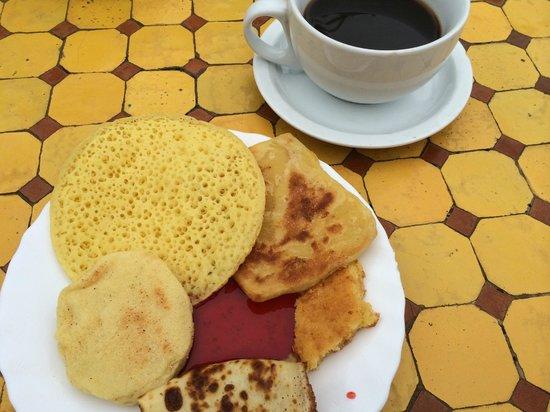 Hotel Sherazade: breakfast at hotel
