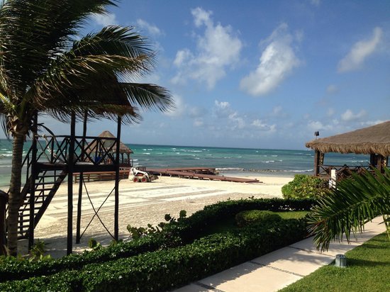 Secrets Silversands Riviera Cancun: Beach
