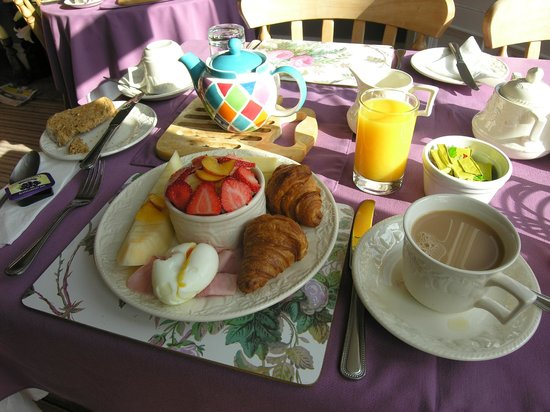 Avondale Guest House : Continental Breakfast