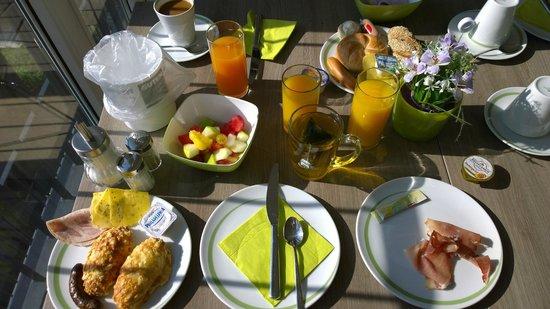 Hotel Demas City : Great breakfast on 5ht floor