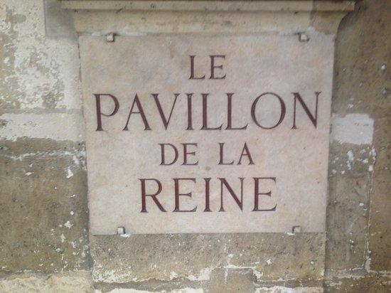 Le Pavillon de la Reine: Hotel Plaquard
