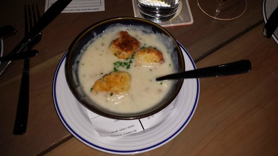 Island Creek Oyster Bar: Bowl of clam chowder was not quite traditional, but it was very good