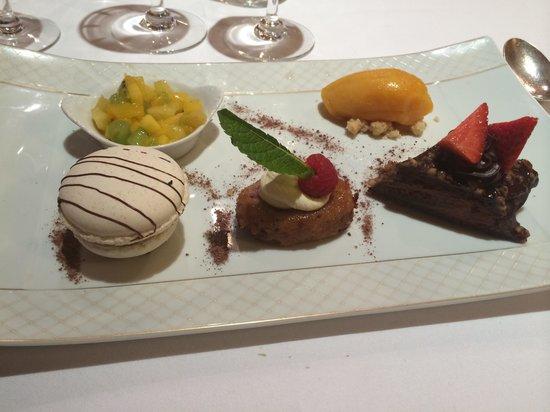 Le Bistro de Paris : Assiette découverte macaron excellent