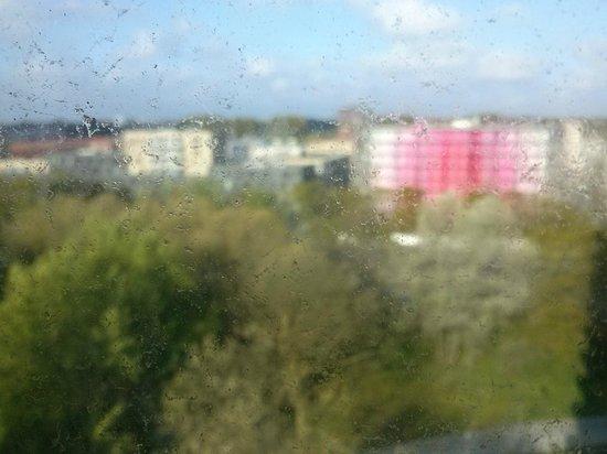 Ramada Apollo Amsterdam Centre: Vista desde la habitación4