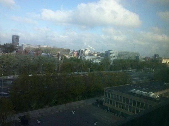 Ramada Apollo Amsterdam Centre: Vista desde la habitación1