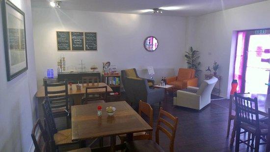 Just Vintage Tea Room Cafe: inside