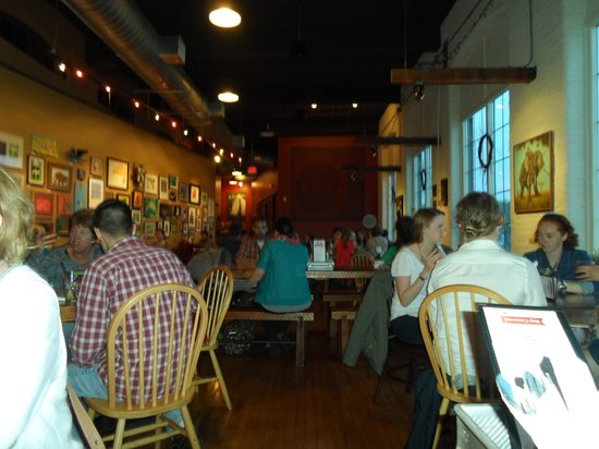 Frontier Cafe: The restaurant--