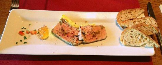 Les Tonneaux du Pere Magloire : Foie gras et confit de pommes