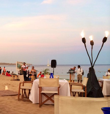 Live Music For Dinner On The Beach Picture Of Baja