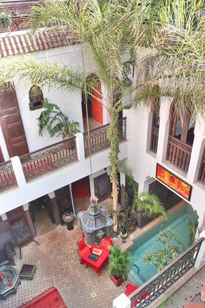 Riad La Porte Rouge : View from roof terrace