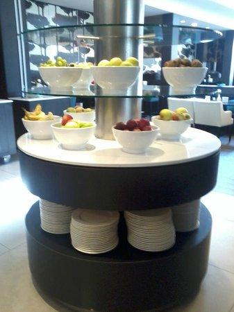 Hotel van der Valk Maastricht: Petit déjeuner