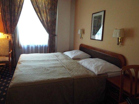 Hotel Kampa-Stara Zbrojnice: Quarto