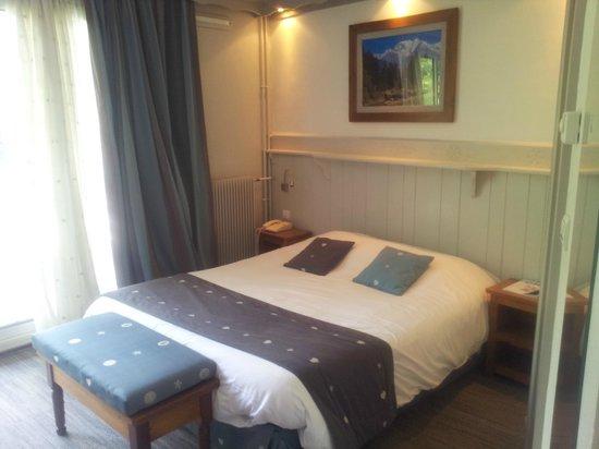 Les Bartavelles Hotel Restaurant : Chambre agréable