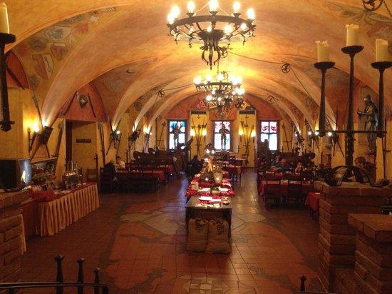 Hotel Kampa-Stara Zbrojnice: Salão do café da manhã