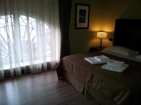 Hotel Boutique Nazionale: La finestra era un romantico rosone