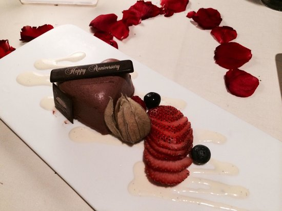 Dolce Vita at Mandarin Oriental : Complementary cake by Dolce Vita