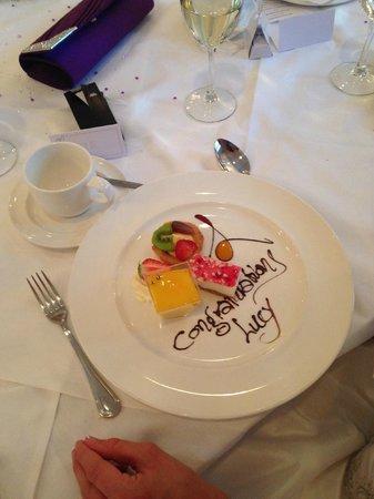 Glenview Hotel: Wedding breakfast dessert
