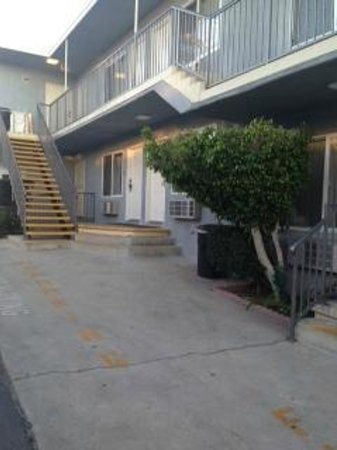 Travelodge Santa Monica: Free Parking