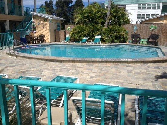 Five Palms Condominium Resort : Pool Area