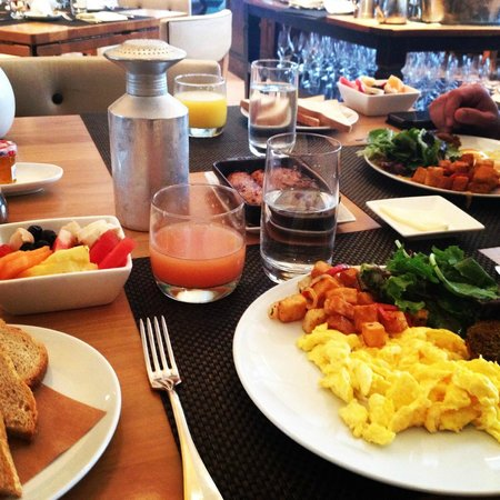 The Betsy - South Beach : Breakfast