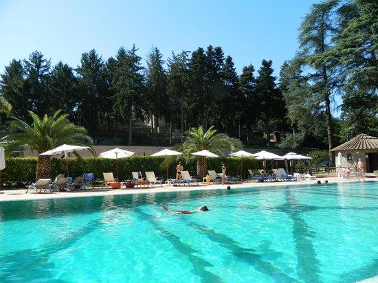 Castello della Castelluccia: La piscine
