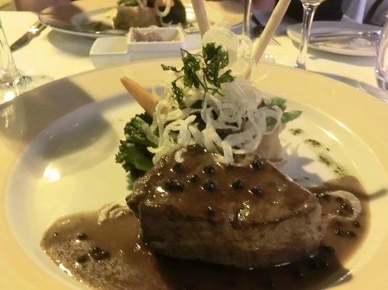 Restaurante Mozart: steak with pepper sauce