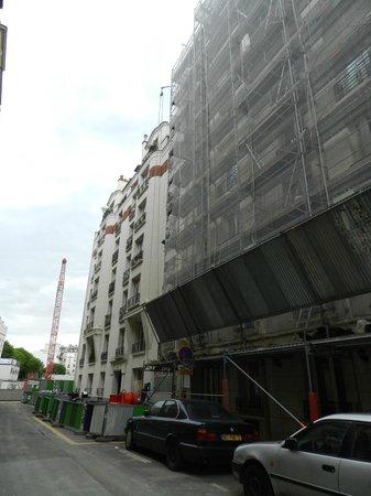 Ibis Styles Paris 15 Lecourbe : Ibis lavori in corso