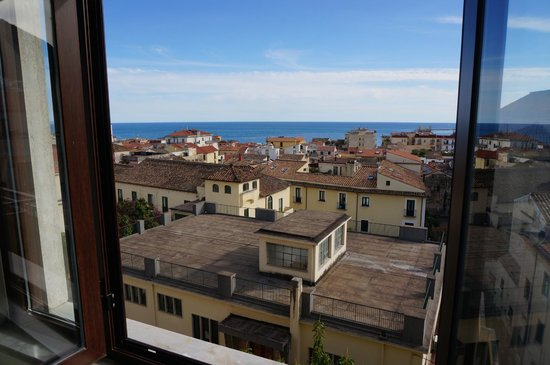 B&B Ai Bastioni: View of the sea from the room