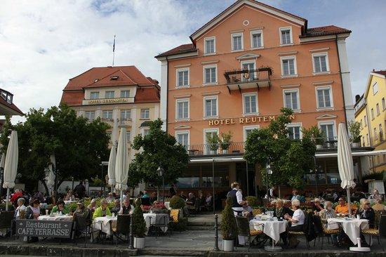 Hotel Reutemann-Seegarten Stolze-Spaeth Hotels : The hotel and the restaurant