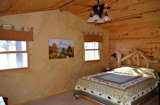 BackRoads Inn & Cabins : Silver Mountain #2