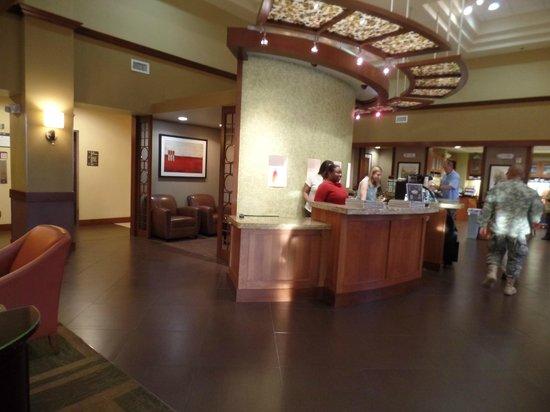 Hyatt Place Columbus - North : reception area